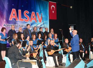Alanya Kültür Sanat ve Turizm Vakfı (ALSAV) tarafından 'Türküler Hayattır' isimli halk müziği konseri gerçekleştirildi.