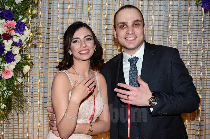 Atila Kerim ve Hatice Yüksel çiftinin bankacı kızları Püren Yüksel ile Hatun ve Bahtiyar Toplu çiftinin bankacı oğulları Okan Toplu evlilik yolunda ilk adımı attılar.