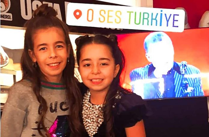 Acun Ilıcalı ile Zeynep Yılmaz'ın kızları Yasemin Ilıcalı'nın giydiği lüks kıyafetler ve takılarıyla sosyal medyayı salladı.