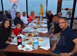 Antalya Sigorta Acentaları Derneği (ANSAD) tarafından Alanya'da bulunan sigorta acentaları için iftar programı düzenlendi.