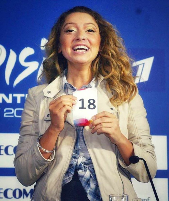 Sanatçı Hadise 10 yıl önce katıldığı Eurovision Şarkı yarışması öncesi çekildiği fotoğrafları ilk kez takipçileriyle paylaştı. Hadise o kareleri,