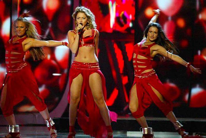 Sanatçı Hadise, 2009 yılında katılıp 4'üncü olduğu Eurovision ile ilgili yıllar sonra ilk kez konuştu. Hadise,