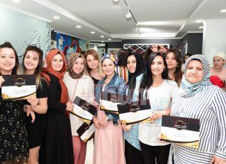 Alanya'nın tanınmış kuaförlerinden Kuaför Mürüvvet'te yeni trendler ve modellerin tanıtıldığı uygulamalı eğitim verildi.