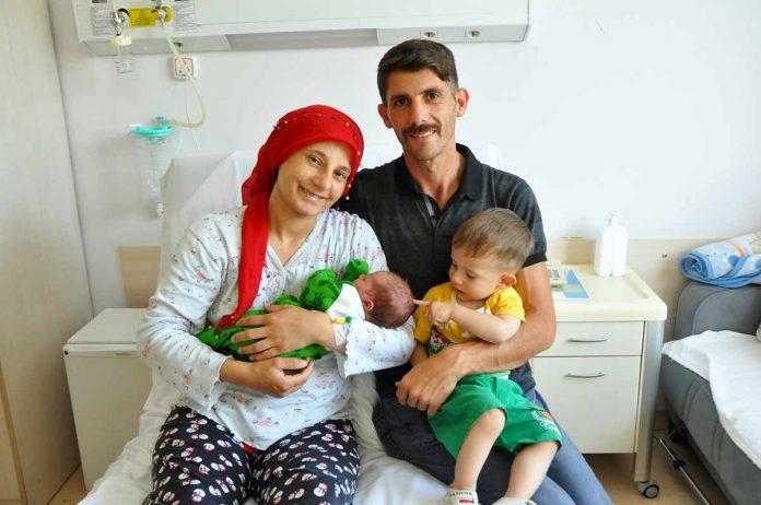 Alanya Belediyesi Personeli ve Alanya Belediyesi Mehteran ekibinden Mesut Çetinkaya ve eşi Ayşe Çetinkaya ikinci çocuk heyecanını yaşadı.